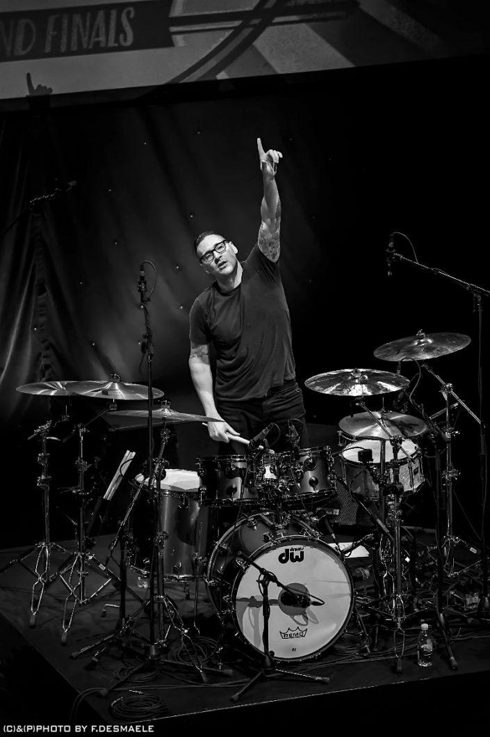 Gil Sharone Live by Francesco Desmaele